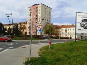 2013-10-29 krožišče pred Kacovo