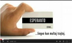 Esperanto je  jezik z mnogimi lastnostmi