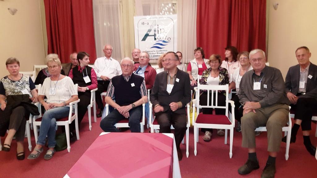 Del slovenske delegacije na zaključni kulturni prireditvi konference Alpe-Jadran 2015 v Opatiji.