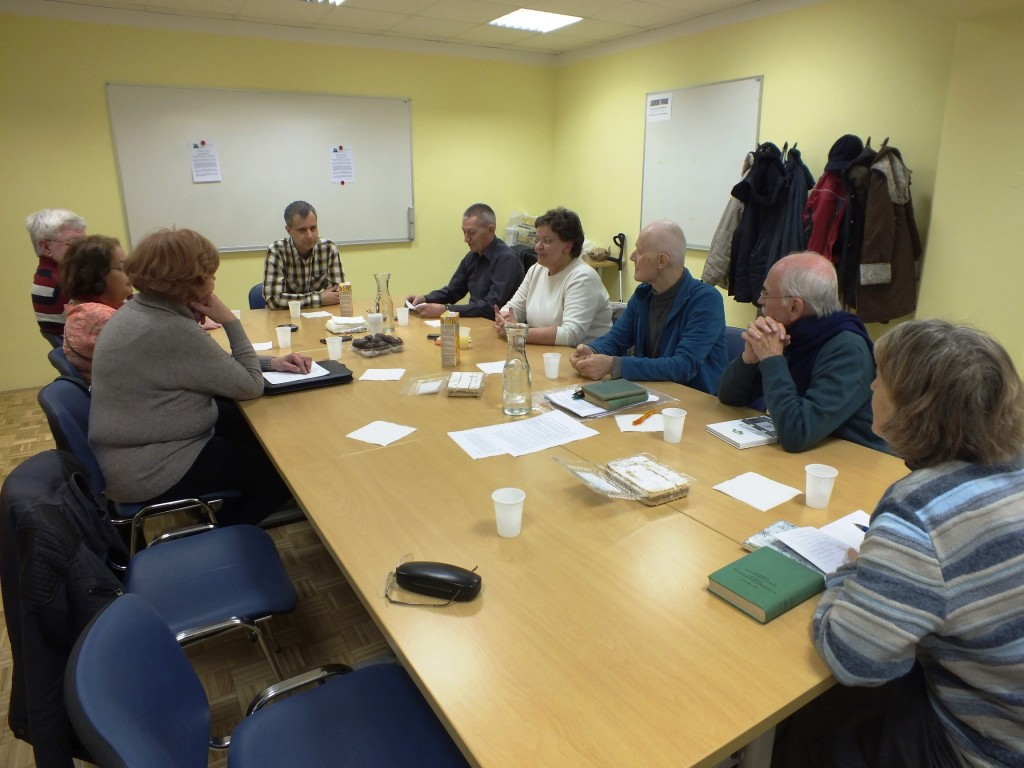 Na prvem konverzacijskem srečanju se nas je zbralo kar nekaj udeležencev (foto: Zdravko Kokanović)