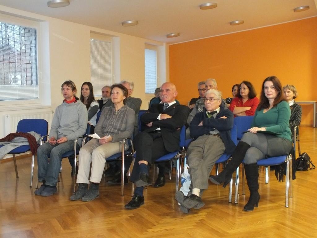 Predstavitev dnevnega reda. (Foto: Zdravko Kokanović)