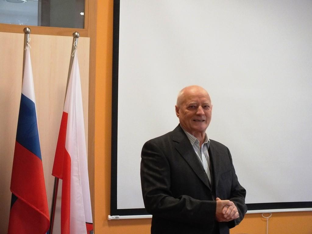 Janez Zadravec, predsednik ZES, pozdravlja prisotne (foto: Zdravko Kokanović)