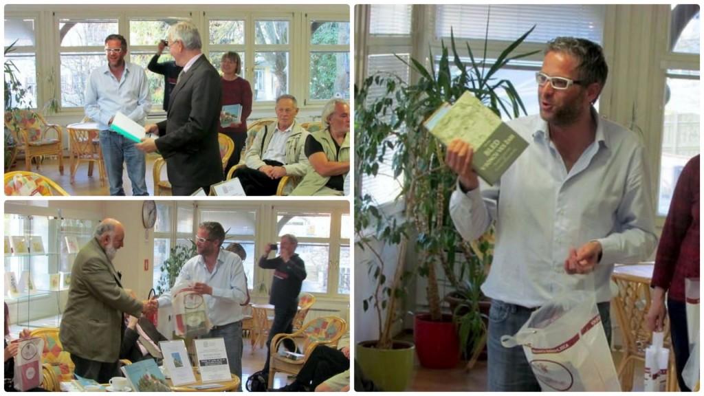 V imenu knjižnice je Andrej Jalen vsem nastopajočim podaril promocijsko gradivo in knjigo Bled v soncu ves žari zgodovinarja Boža Repeta
